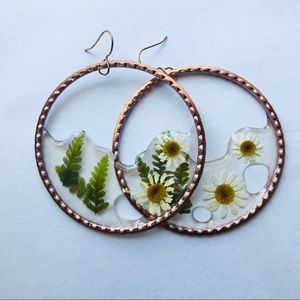 Mini Fern and Daisy Drop Hoops